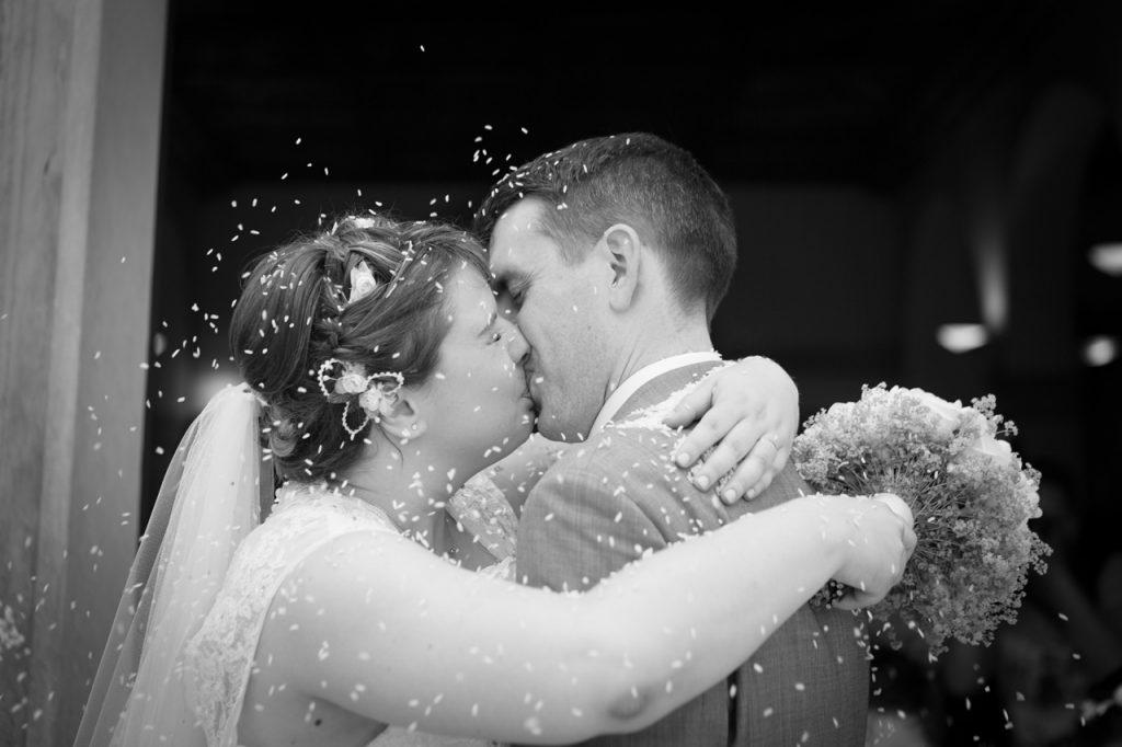chiesetta di san francesco piove di sacco sposi dopo cerimonia