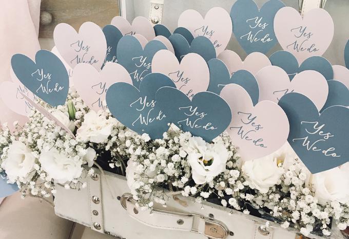 matrimonio azzurro polvere decorazioni cuori gypsophila