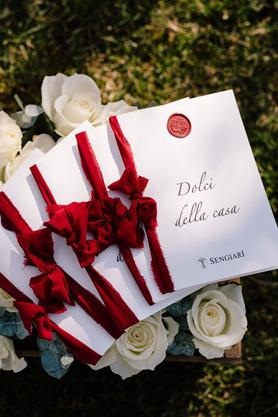 menu dolci e omaggio floreale nei colli euganei